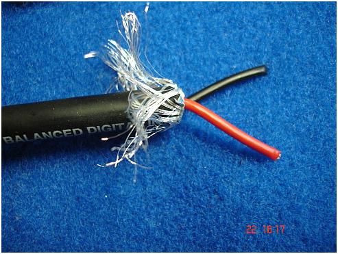 зачищаем минусовой проводник и